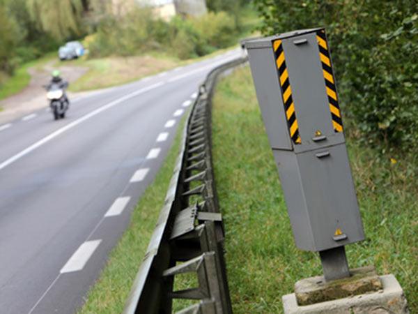 Sanzioni-e-multe-controllo-velocita-stradale